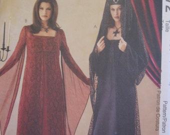 Pattern MC CALLS 3372 gothic dress
