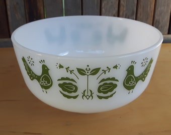 Vintage Federal Glass Mixing Bowl Friendship 2 1/2 qt. Green Birds Nesting Bowl / Bowl friendship green birds Federal Glass Vintage