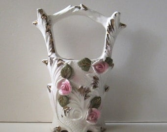 Unique Vintage Ceramic WISHING WELL Vase Pink Roses and Gold Trim
