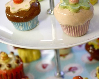 Beatifuk Original Cupcake Paperweight