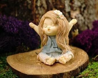 Miniature Dollhouse FAIRY GARDEN ~ Fairy Baby Yawning  ~ NEW