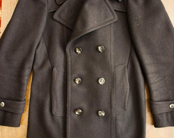 SUMMER SALE! * LORD Peacoat excellent condition 10/10