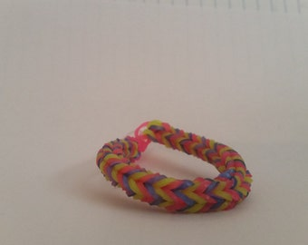 Triangle Fishtail bracelet