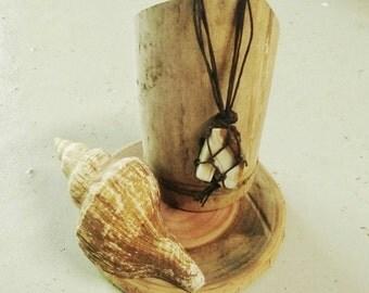 Beautiful Agate Macrame Necklace