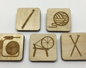 Yarn badges - Knitting, yarn, crochet, spinning. Ideal gifts!
