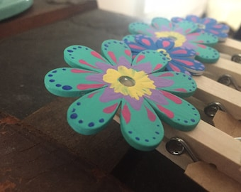 flower clothes pins