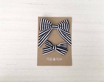 Black stripes Toddler/Child bows