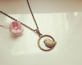 Short chain bird in the district, vintage, romantic, dreamy, animals, animals