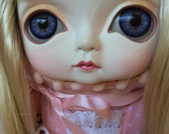 Adorable Toffee doll Victoria, rare and new
