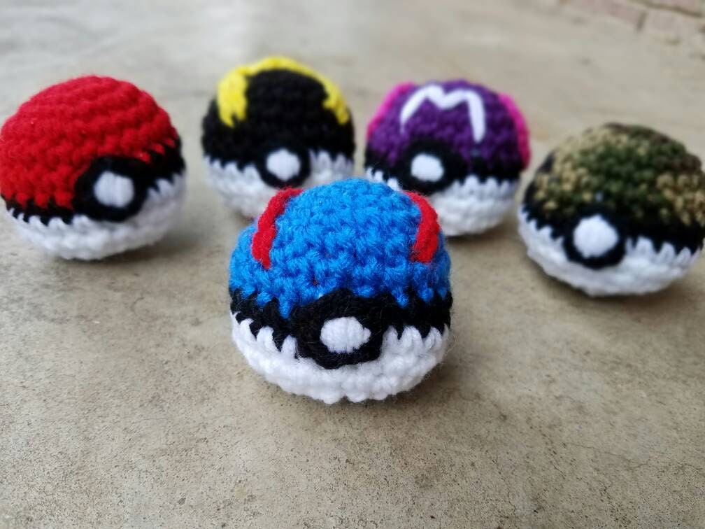 Amigurumi Master Ball : Crochet Great Ball Pokeball Amigurumi Stuffed Pokeball in