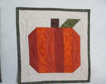 Quilted Pumpkin Wall Hanging