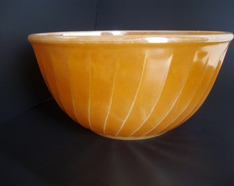 Vintage Fire-King Peach Lustre Swirl Pattern Mixing Bowl
