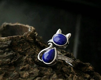 Cat ring in sterling silver and lapis