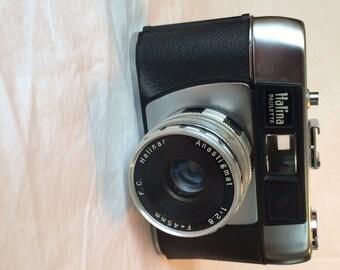 Halina Paulette - 1965 35mm Camera in Case