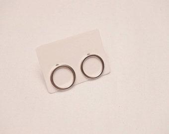 Sterling silver 925 circle stud earrings