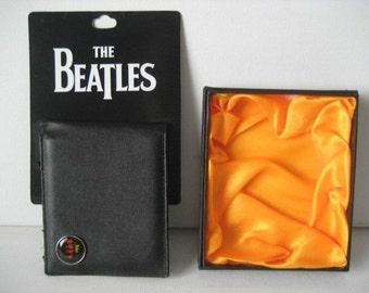 The Beatles avec Logo Help  portefeuille tout cuire / Neuf dans sa boite originale :-)