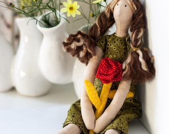 Tilda Doll - Brunette with Highlights - Moss Green Dress - Red Rose