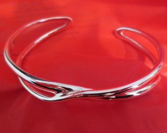 Beautiful Vintage Sterling Silver Criss Cross Cuff Bracelet