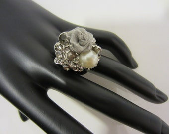 Ring, rhinestone button, button, buttons, button ring