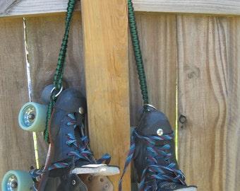 Paracord Skate Noose, Skate Leash, roller derby, roller skating paracord