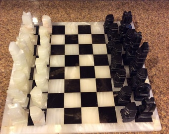 Vintage Hand Carved Onyx Chess Set