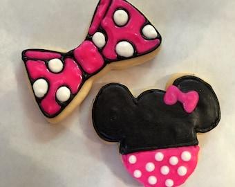 1 dozen Minnie Mouse and bows favor cookies