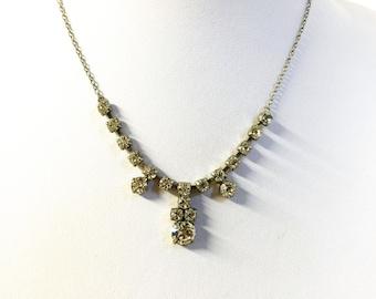 A Beautiful Vintage Diamante Crystal Necklace