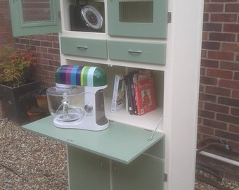 1950's Inspired Kitchenette