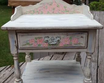 Hand painted vintage Wakefield Table