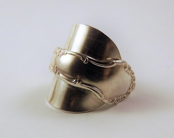 Antique cutlery ring