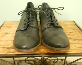 Frye Shoes / Leather Lace up Shoes / Size 8 1/2 B