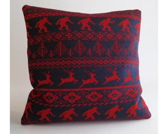 In the Woods - Forest Icons Fairisle Pillow - Loom Knit Cotton/Linen - Portland Oregon - Navy & Red