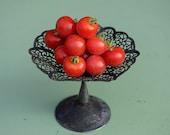 Unique Velvet Red Tomato Seeds