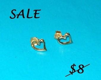 SALE - Vintage 1970s Gold Heart Sweetheart Earrings