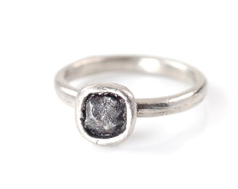 Single Meteorite Ring in Palladium/Silver - Made to Order