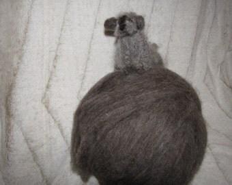 Dark Gray 100% Wool Fiber Roving Spinning/Felting 8 ozs