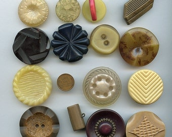 Lot of (15) CELLULOID PLASTIC Buttons All Different Variety Gold, Neutrals Colors Large 2485