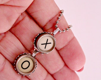 Rare White Hugs and Kisses X O Vintage Typewriter Key Necklace with 18 Inch Ballchain