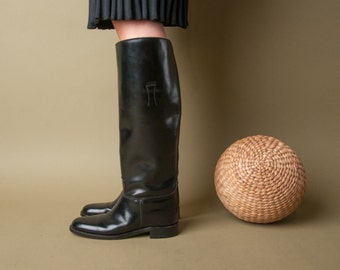 MISS CAPEZIO deadstock english riding boots / black knee high boots / 6 / 580s
