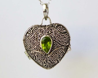 Green Peridot Sterling silver heart locket keepsake pendant with Chain Necklace PL16