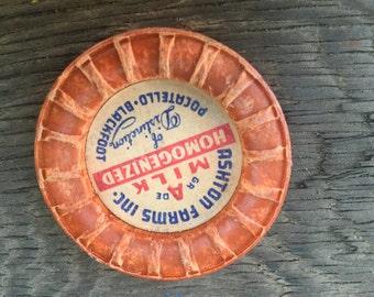 Vintage Ashton Farms Milk Cap