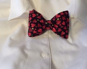 Hearts With Gold Bow Tie