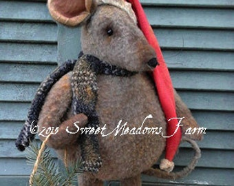 Primitive Epattern Merry Chris Mouse Doll