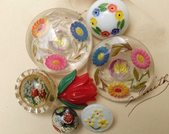 Vintage Glass Buttons Colorful Flower Assortment 1940s