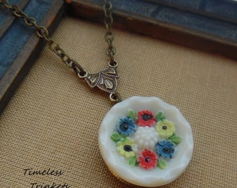Flowers, Vintage Glass Button Necklace