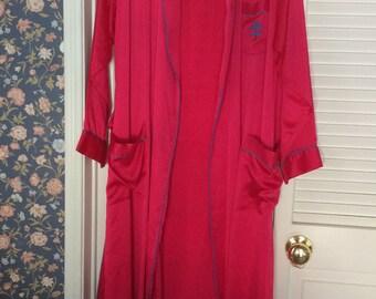 Vintage Fernando Sanchez full length magenta silk robe dressing gown