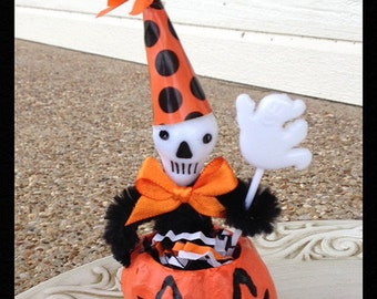 Halloween Decoration  Skeleton Man in a Jack o Lantern  Halloween Ornament