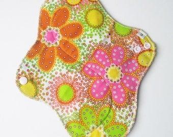 Mama Cloth Pad - Retro Flowers Printed HEAVY Cloth Mama Pad Postpartum  .. 10 inch FREE SHIPPING