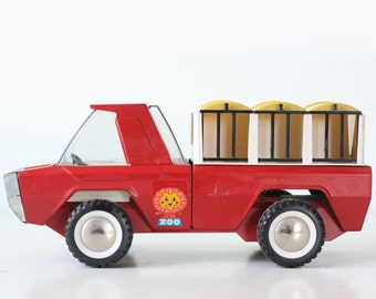 Vintage Buddy L Red Zoo Truck