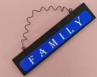 FAMILY Thin Blue Line Sign | Police Lives Matter | Back The Blue | Wife Spouse Mom Dad LEOW | Black Blue | Wood Metal
